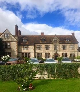 Photo 2 Billelsley Manor